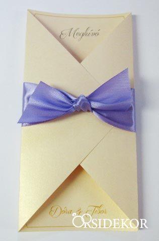 Esküvői meghívó szatén szalaggal díszítve