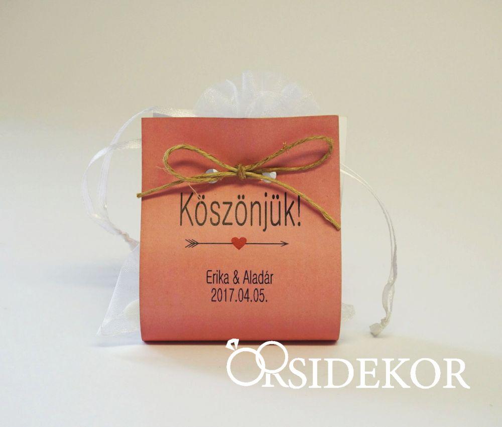 Organza zsákocska édességgel, papírtasakban