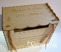 Nászajándékgyűjtő doboz/persely fából