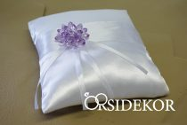Gyűrűpárna kristály virággal és szalaggal díszítve