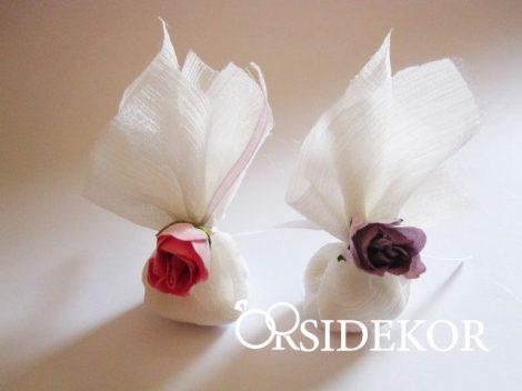 Köszönetajándék cukrozott mandulával, virággal díszítve