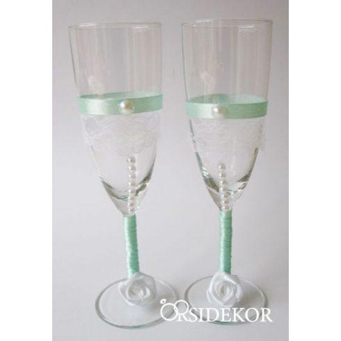 Esküvői pezsgőspohár, díszített