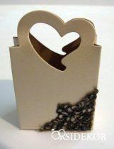 Köszönetajándék-doboz cukrozott mandulával, csokiszívvel