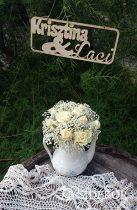 Névre szóló, felakasztható tábla esküvőre fából