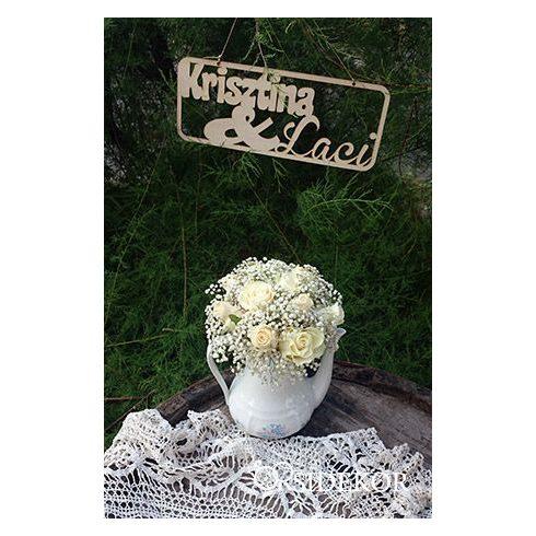 Felakasztható fa tábla esküvőre - névvel elátott