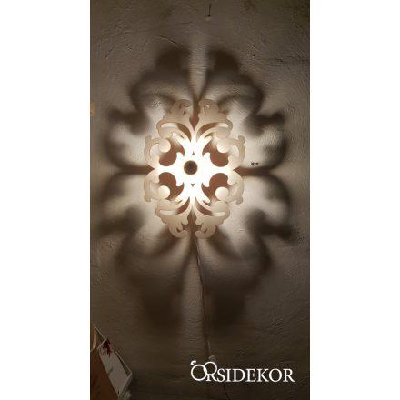 Elegáns indamintás árnyékvető fali lámpatest fából