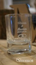 Pálinkás pohár gravírozva