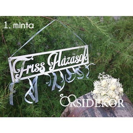 Friss Házasok esküvői tábla fából