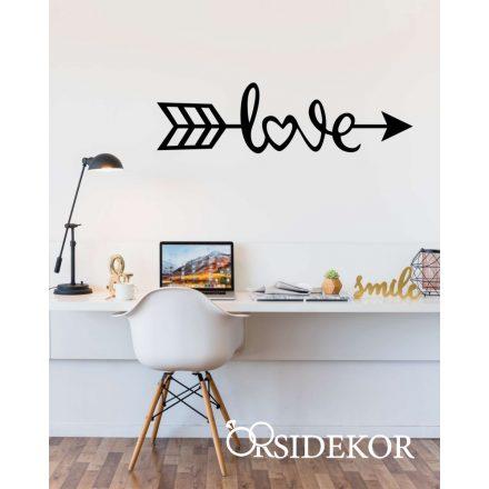 Love nyíl felirat falikép fából