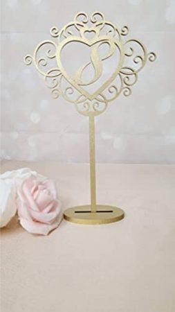 Asztalszám fából, szívben (1-10 ig számozva)