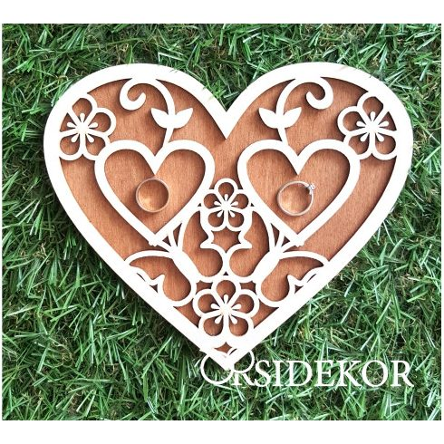 Különleges 3D fa gyűrűhordozó szív