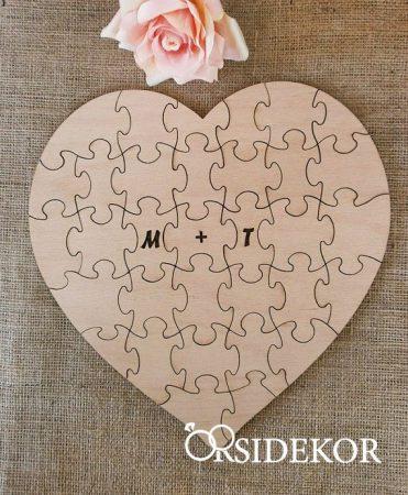Esküvői szív alakú vendégkönyv, fa puzzle
