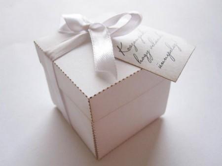 Köszönetajándék-doboz
